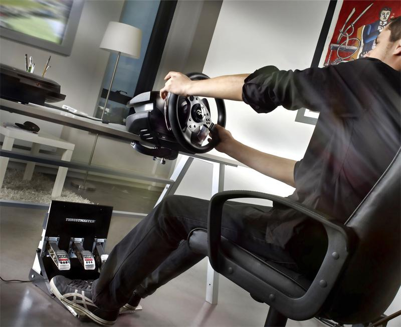 Thrustmaster - T500 RS Force Feedback - Lenkrad und Pedale